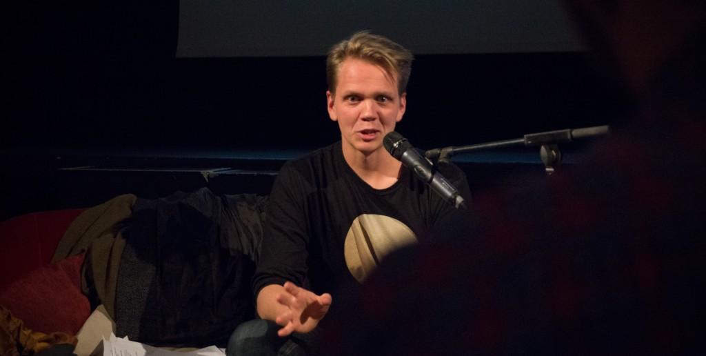 Jussi berättar om hur det var att klippa Hymyilevä mies.