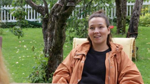 Neiti Aika -dokumentin ohjaaja Elina Talvensaari